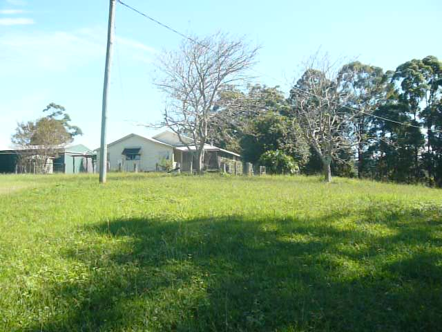 HOUSE – 3 BEDROOMS (Raleigh)